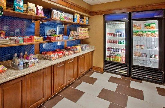 Hemet, CA: Suite Shop