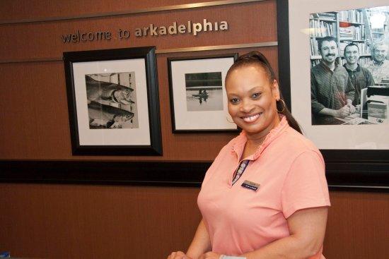 Arkadelphia, AR: Front Desk Staff