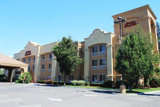 햄프턴 인 앤드 스위트® 모데스토, 캘리포니아