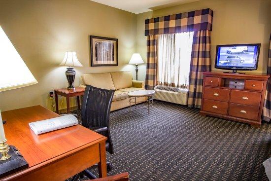 Jackson, TN: Suite