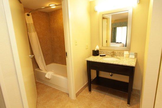 Bluffton, SC: Suite bathroom