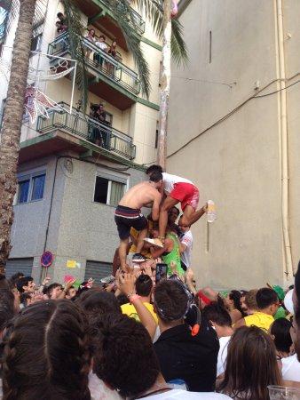 Bunol, Espanha: pole climbing stint