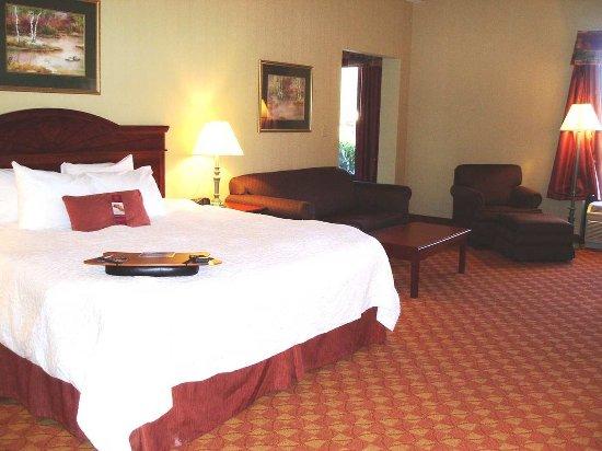 Elkton, MD: Whirlpool Suite