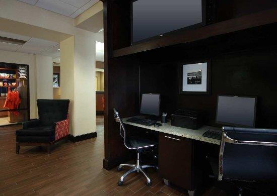 Urbana, IL: Business Center