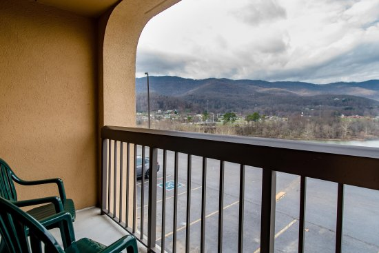 Caryville, TN: Balcony View