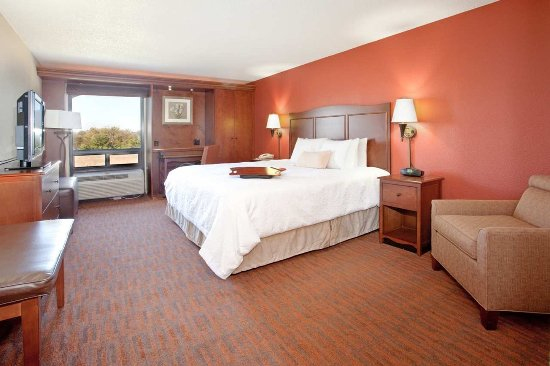 Hampton Inn Cincinnati - Kings Island - King Study