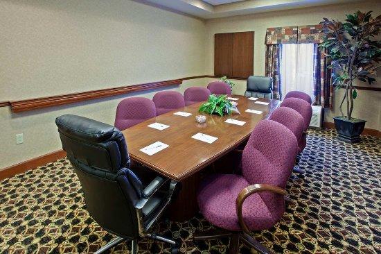 Wilmington, OH: Executive Boardroom