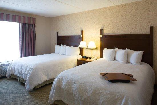 Hampton Inn Bloomsburg: Double Queen Beds