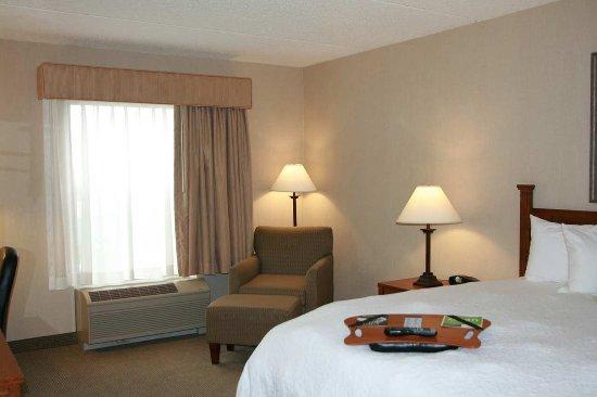 Bloomsburg, PA: King Room