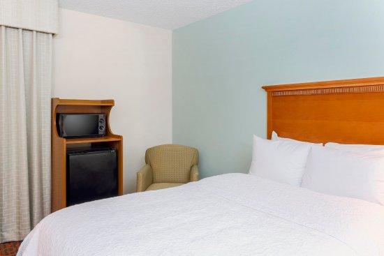 Hampton Inn Laredo : Two Double Beds with Hospitality Center