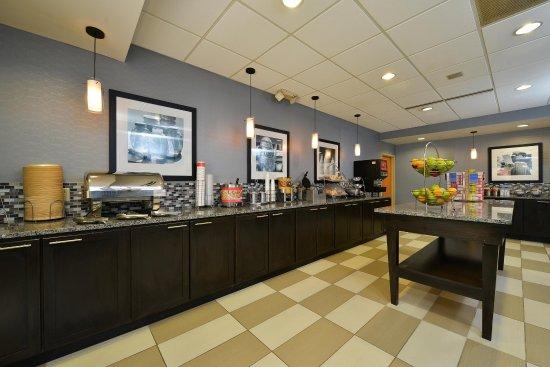 Cortland, estado de Nueva York: Breakfast Area