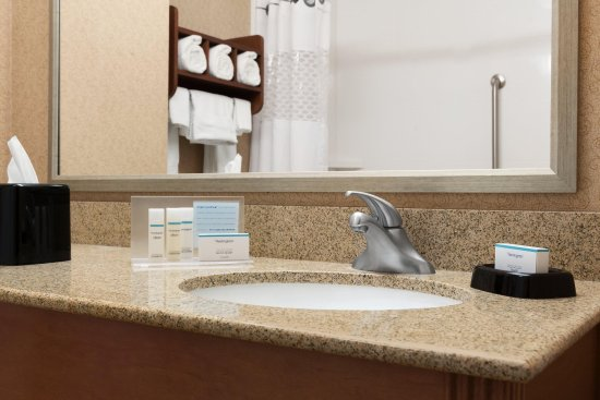 Woodbury, MN: Guest Bathroom