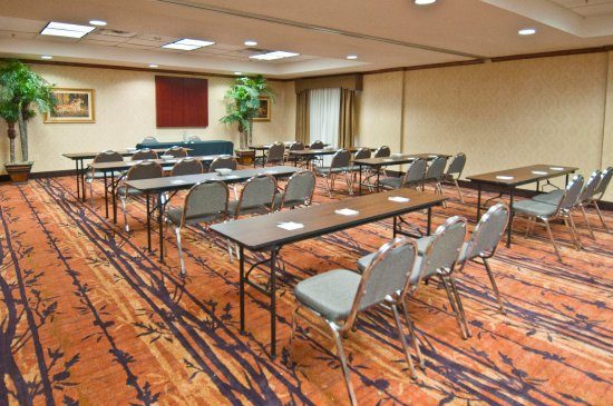 Hampton inn Canton Meeting Space