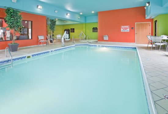 Norfolk, Небраска: Indoor Pool