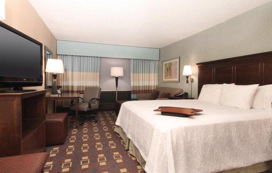 Elmsford, Nowy Jork: King Bedroom