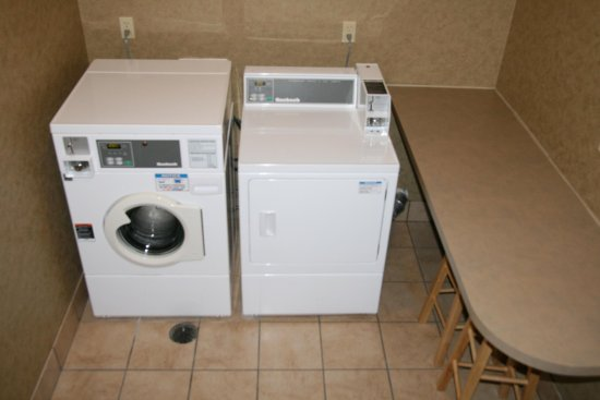 Marshall, MI: Guest Laundry