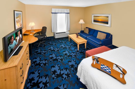 Hampton Inn & Suites Jacksonville South-St. Johns Town Center Area Hotel