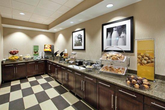 ฮาเจอร์สทาวน์, แมรี่แลนด์: Breakfast Buffet