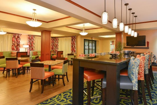 Hampton Inn Martinsburg - Lobby