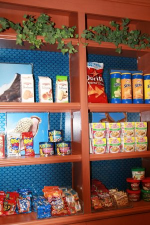 Lathrop, Kalifornien: Suite Shop Snacks