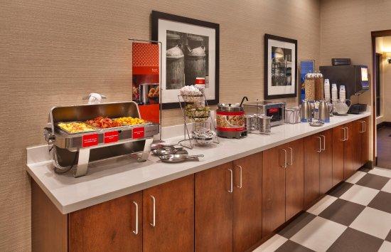 Hampton Inn Salt Lake City-Downtown: Breakfast Buffet