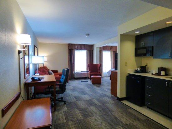 Charleston, Virginia Occidental: King Suite