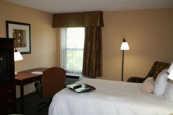LaGrange, GA: Two Double Beds