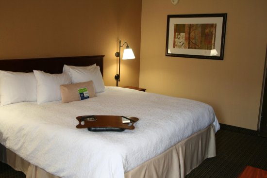 LaGrange, GA: Standard King Room
