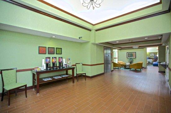 Bremen, GA: Lobby Area