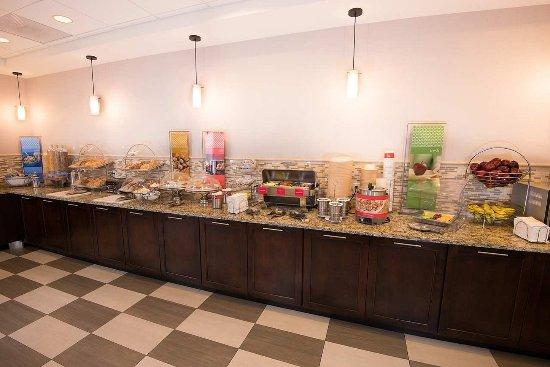 Carlstadt, NJ: Breakfast Buffet