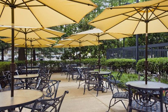 Hampton Inn & Suites Annapolis: Enjoy some of your free time reading or having a meal out on the patio area