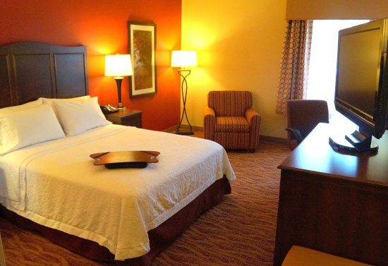 Altoona, PA: Accessible queen room