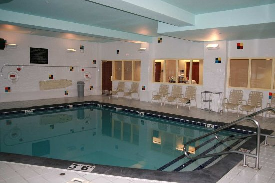 Hampton Inn Anchorage: Pool Room