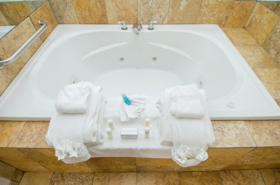 Hampton Inn Oklahoma City/Edmond: Garden Tub
