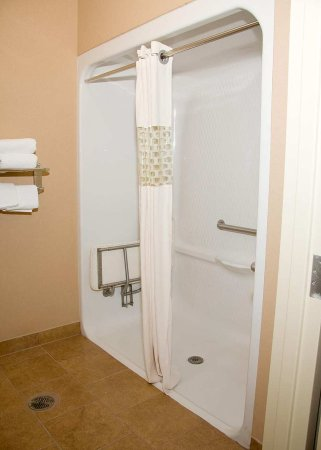 Corydon, IN: Roll-In Shower