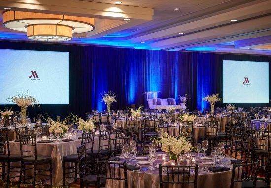 Burlingame, CA: Grand Ballroom Wedding