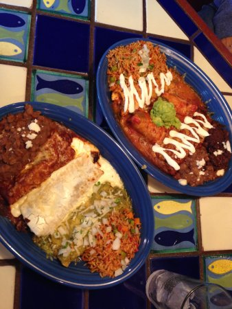 Margaritas Mexican Restaurant: these delicious dishes are named the Mexican flag and the famous taster