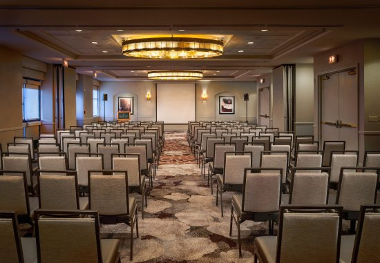 Deerfield, IL: Lincolnshire Meeting Room