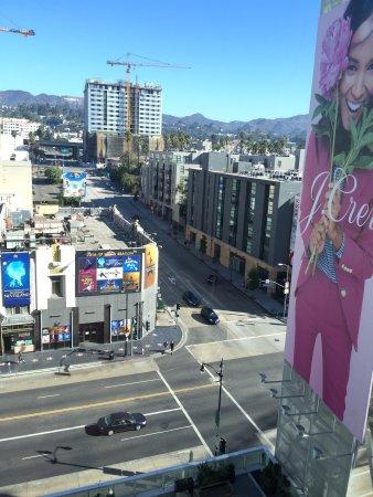 W Hollywood: photo2.jpg