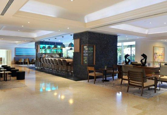 Lisbon Marriott Hotel: Tapas & Tiles