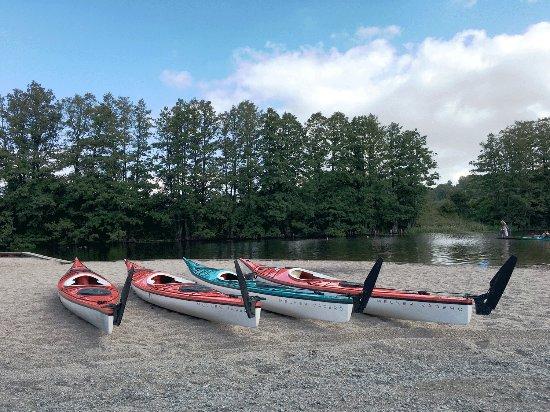 อุปซอลา, สวีเดน: Getting ready for kayaking at Fyrisån