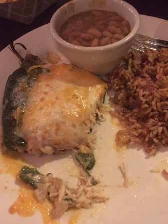 Driftwood, Teksas: King Ranch Chicken Chili Relleno