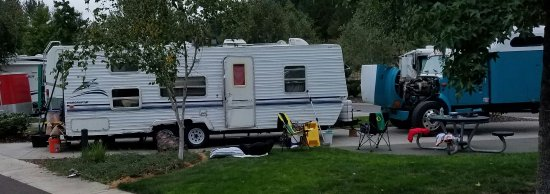 Canyonville, OR : Hillbilly's have invaded the resort