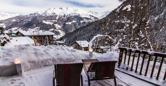 Grimentz, Szwajcaria: 2 bedroom apartment with whirlpool terrasse facing to the Val D'Anniviers