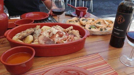 Madalena, Portugal: Caldo de Peixe...uma maravilha!