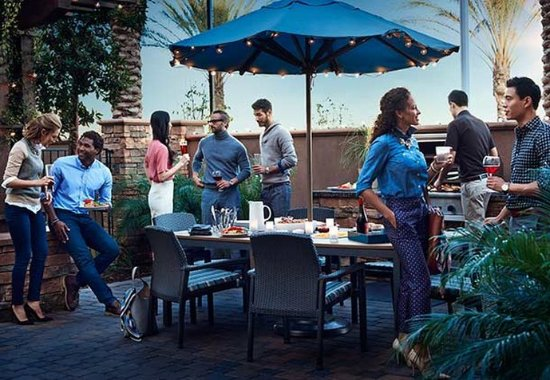 San Mateo, Καλιφόρνια: Off the Grill - Residence Inn Mix