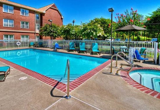 Germantown, TN: Outdoor Pool