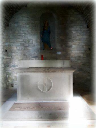 Chiusi della Verna, Włochy: Cappella dedicata a S.Maria Maddalena, dove è stata posta la pietra dove Gesù apparve al Santo