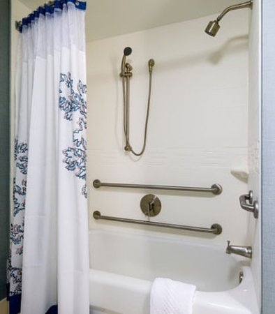 Framingham, MA: Accessible Suite Bathroom – Tub