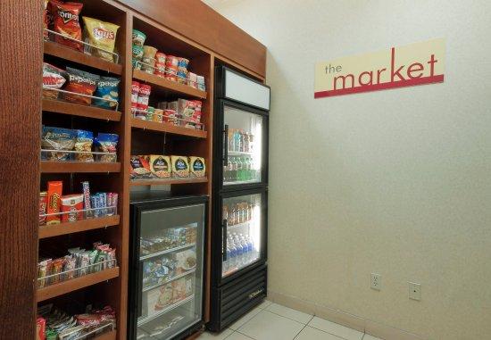 Palmdale, Kalifornia: The Market